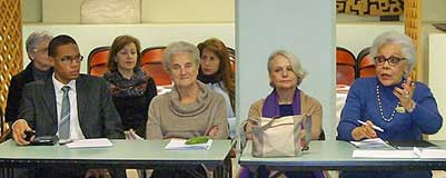 Discussion lors de l'assemblée générale de l'association en 2014.